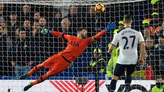 Chelsea nach Derby-Sieg weiter Spitzenreiter (Bild: AFP)