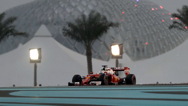 Vettel im Abu-Dhabi-Abschlusstraining Schnellster (Bild: AP)