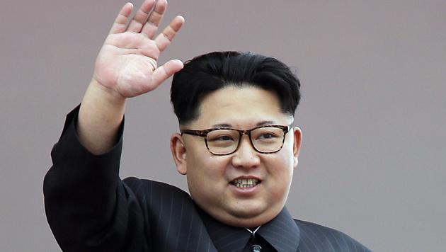 Nordkorea hat den Kommunismus offiziell durch eine Staatsideologie mit starkem Personenkult ersetzt. (Bild: AP)