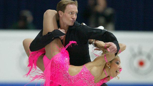 Olympia-Siegerin empört mit Eistanz in KZ-Kluft (Bild: AP)