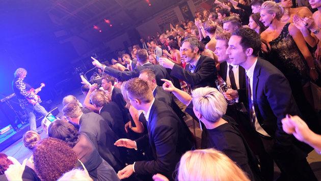 Singer/Songwriter Peter Cornelius krönte die Nacht der Kronen im Linzer Design Center. (Bild: Chris Koller)