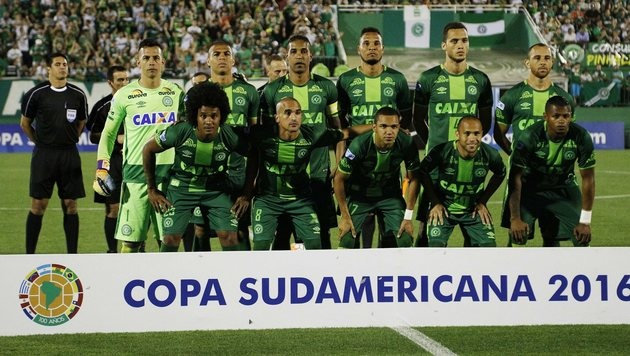 Nach Absturz-Drama: Chapecoense kriegt Cup-Titel (Bild: EPA)