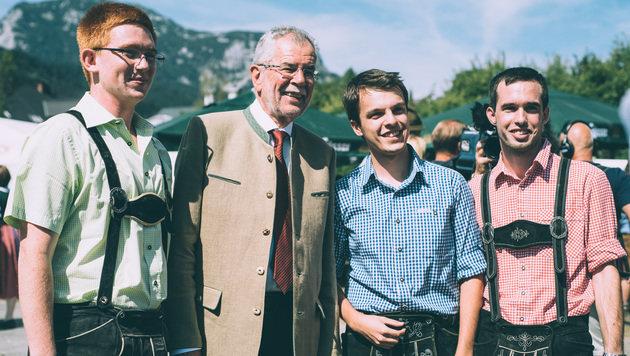 Bundespräsidentschaftskandidat Alexander Van der Bellen hat ein Ohr für die Sorgen der Landwirte. (Bild: Amélie Chapalain)