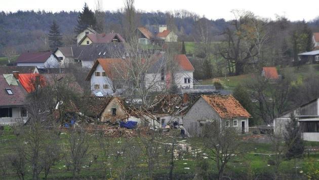 Graz: Angeklagter entging Brandanschlag nur knapp (Bild: APA/ELMAR GUBISCH)