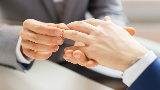 Verpartnerung künftig am Standesamt möglich (Bild: thinkstockphotos.de)