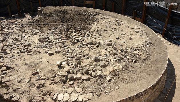 Azteken-Tempel mit Skelettresten entdeckt (Bild: INAH/Mauricio Marat)