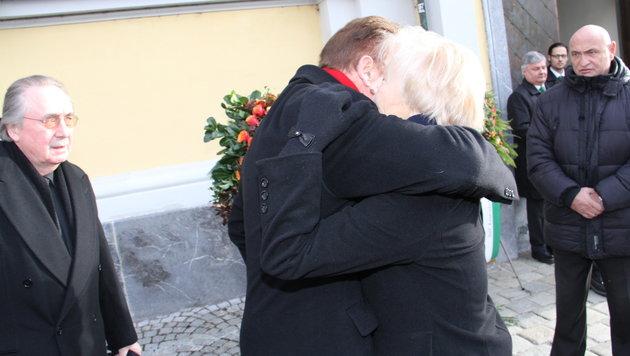 Arnold Schwarzenegger bei der Gedenkfeier für Alfred Gerstl in Graz (Bild: Christian Jauschowetz, Kronen Zeitung)