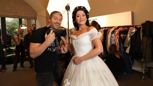 """Manfred Baumann mit Monica Weinzettl, die ab März bei der ORF-Show """"Dancing Stars"""" mittanzt. (Bild: Starpix/Alexander TUMA)"""