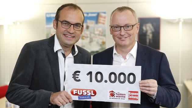 Geschäftsführer Ernst Mayr mit Krone-Chefredakteur Klaus Herrmann (Bild: Reinhard Holl)