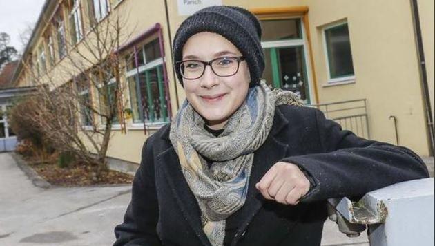 Am Morgen gleich ein Kreuzchen machen, dann gemütlich frühstücken: Erstwählerin Jana Atteneder (16). (Bild: Markus Tschepp)