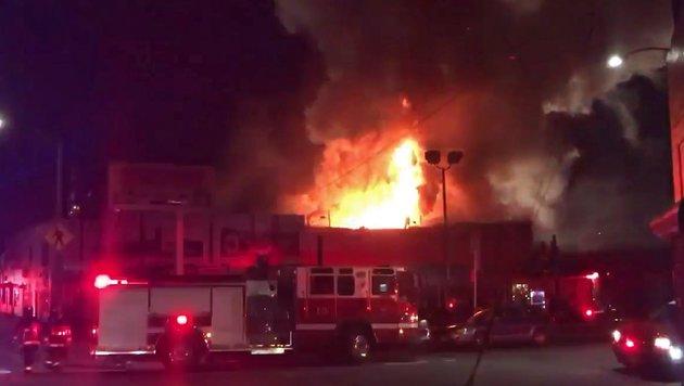USA: Brand auf illegaler Rave-Party - neun Tote (Bild: EPA)