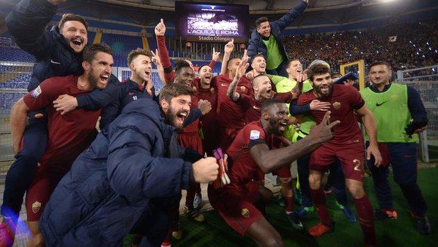 AS Roma feierte Derbysieg und hält Platz zwei (Bild: AFP or licensors)
