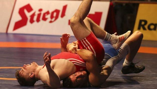 Burgers Umfaller (rot) nach 10:0-Führung gegen Nigsch markierte den Anfang vom Ende der Titelträume. (Bild: Andreas Tröster)