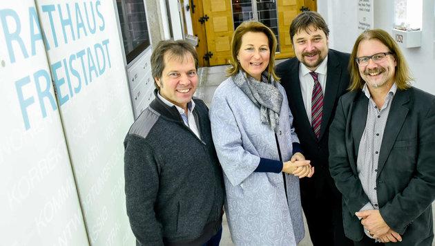 Bürgermeisterin Elisabeth Paruta-Teufer mit Rainer Widmann, Wolfgang Affenzeller und Johann Moser. (Bild: Markus Wenzel)