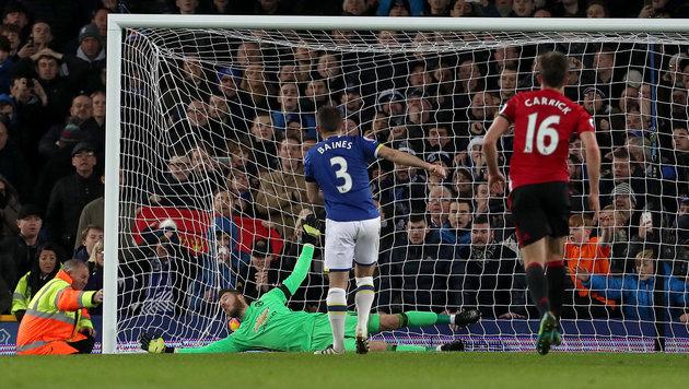 Manchester United vergeigt Führung gegen Everton (Bild: AP)
