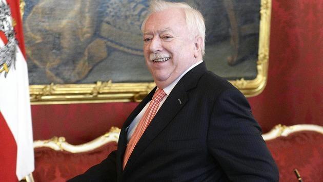 Die Wiener folgten der Wahlempfehlung ihres Stadtchefs Michael Häupl - und wählten Van der Bellen. (Bild: APA/HANS KLAUS TECHT)