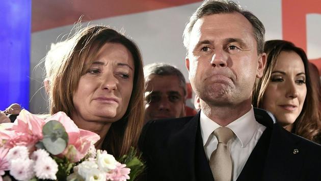 Enttäuschung bei Verena und Norbert Hofer (Bild: APA/Hans Klaus Techt)