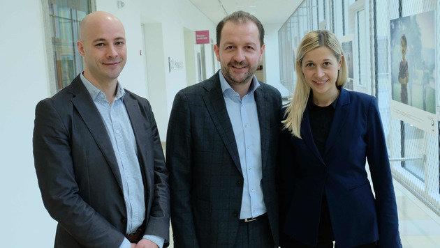 Das neue Team der VP Linz: Klubobmann Martin Hajart, Stadtvize Bernhard Baier, Doris Lang-Mayerhofer (Bild: Horst Einöšder)