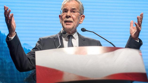 Alexander Van der Bellen (Bild: EPA, krone.at-Grafik)