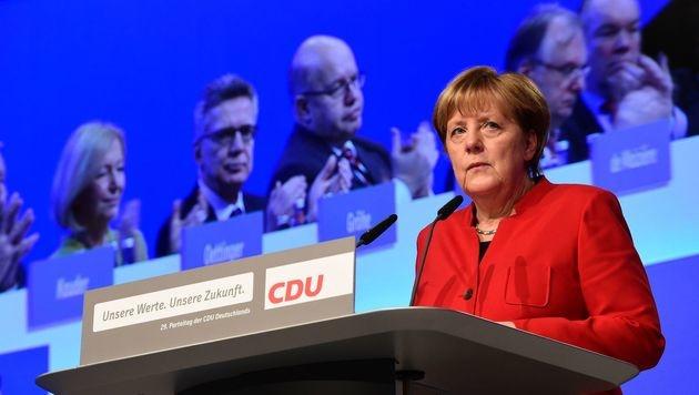 Angela Merkel beim CDU-Parteitag (Bild: APA/AFP/TOBIAS SCHWARZ)