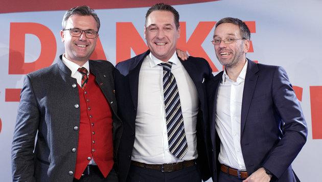Nach Hofburg-Schlappe: FPÖ gibt sich kämpferisch (Bild: APA/GEORG HOCHMUTH)