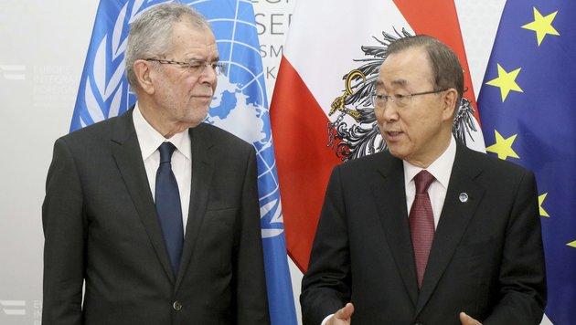Alexander Van der Bellen mit Ban Ki Moon (Bild: AP)