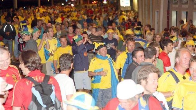 Fußball-Anhänger, hier 2008 bei der Euro: Der Rudolfskai wurde gleich zur Fanmeile. (Bild: Markus Tschepp)
