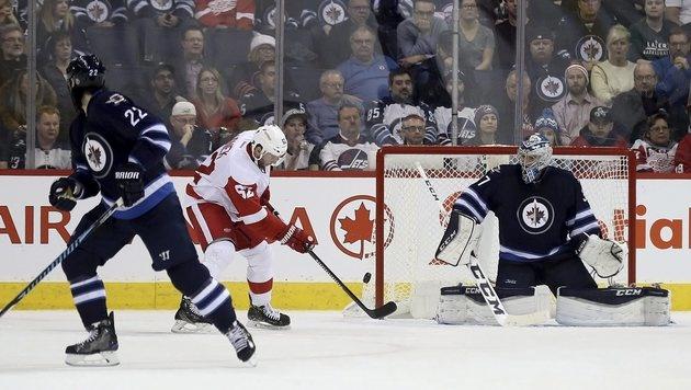 Vanek trifft bei Detroits Auswärtssieg in Winnipeg (Bild: AP)