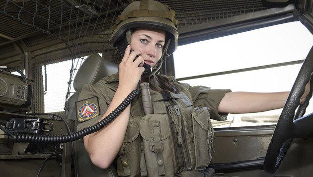 Auch immer mehr Frauen bewerben sich beim Heer. (Bild: HBF/Pusch)