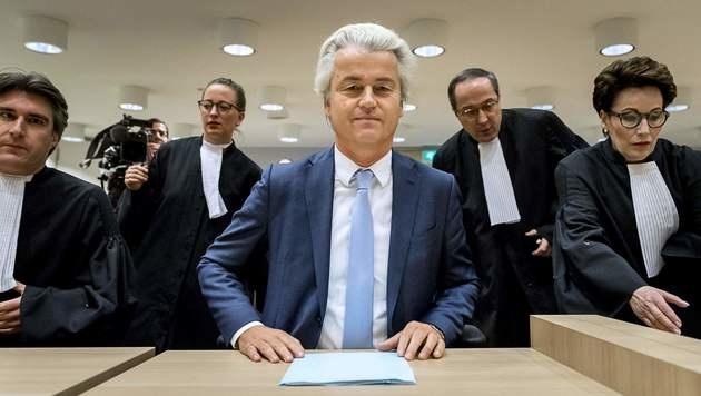 NL: Geert Wilders verurteilt - aber keine Strafe (Bild: APA/AFP/ANP/REMKO DE WAAL)