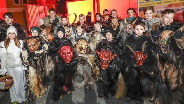 26 Kinder sind Mitglieder bei den Maxglaner Teufeln. Auch für sie ein aufregendes Erlebnis. (Bild: Markus Tschepp)