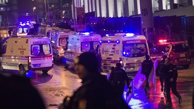 Innenminister: 38 Tote bei Terror in Istanbul (Bild: AP)