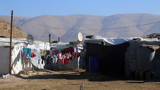 In der Bekaa-Ebene leben mehr als eine Million Flüchtlinge, viele von ihnen in Zelten. (Bild: Christoph Matzl)