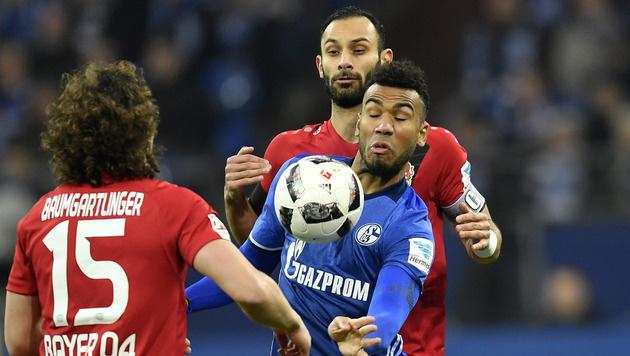 Schalke verliert in Unterzahl gegen Leverkusen 0:1 (Bild: AP)