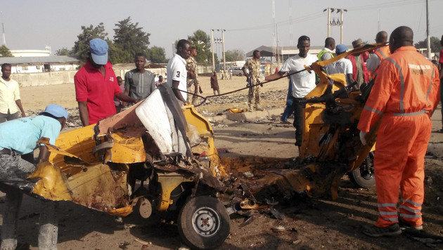 Erst am Freitag wurden in Nigeria bei einem Doppelanschlag mindestens 45 Menschen getötet. (Bild: The Associated Press)