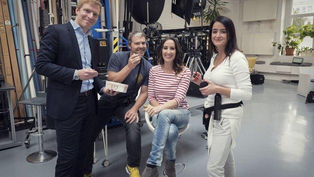 Cremissimo-Boss Gunnar Widhalm (li.) assistierte Manfred Baumann und Kati Bellowitsch beim Shooting. (Bild: manfredbaumann.com)