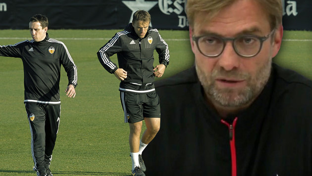 Video: Jürgen Klopp geht auf Neville-Brüder los (Bild: AP, YouTube.com)