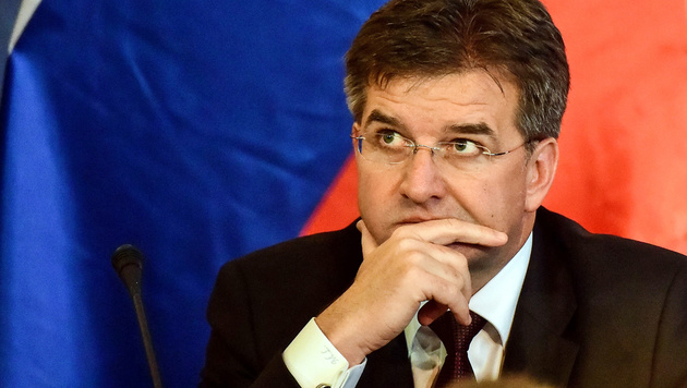 Der Slowake Miroslav Lajcak (Bild: APA/AFP/ATTILA KISBENEDEK)