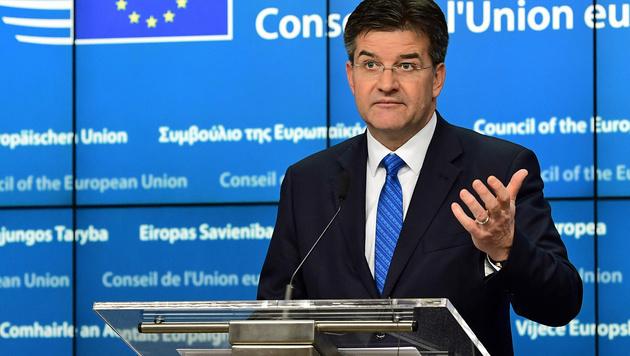 Ein enttäuschter slowakischer Außenminister (Bild: APA/AFP/EMMANUEL DUNAND)