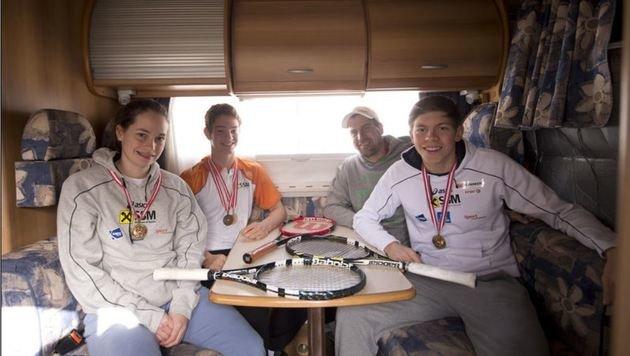 Erfolgreiche Willi Mandl-Schützlinge: Nadja Ramskogler, Jakob Aichhorn und Gregor Ramskogler. (Bild: Andreas Tröster)