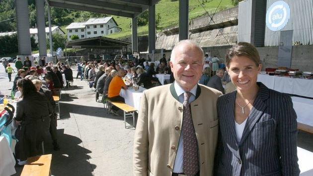 SAG-Eigentümer Josef Wöhrer mit GF  &  Tochter Karin Exner-Wöhrer (Bild: Andreas Tröster)