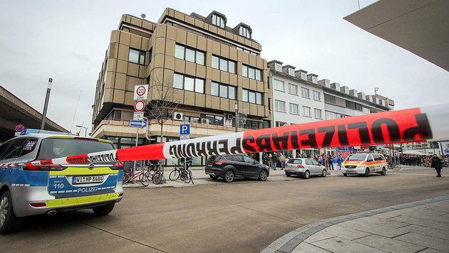Deutscher Arzt erschießt Kollegen und sich selbst (Bild: APA/Oberhessische Presse/dpa/Thorsten Richter)