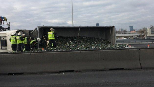 Wien: Verkehrskollaps nach Unfall auf der A23 (Bild: Isabella Kubicek)