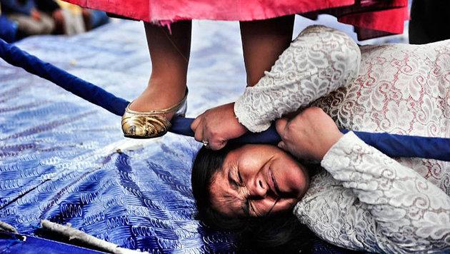 """So kämpfen die """"Flying Cholitas"""" für ihre Rechte (Bild: Daniele Tamagni)"""