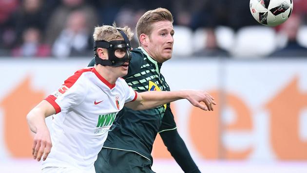 Maskenmann Hinteregger köpft Ex-Klub k.o. (Bild: GEPA)