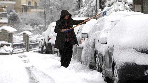 Wintereinbruch in Griechenland sorgt für Chaos (Bild: AFP)
