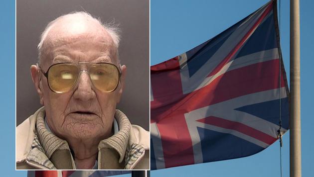 Der Brite Ralph Clarke muss jetzt eine Haftstrafe wegen Kindesmissbrauchs antreten. (Bild: APA/AFP/West Midlands Police)
