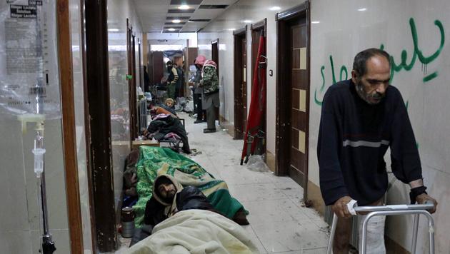 Katastrophale Zustände im letzten verbliebenen Krankenhaus Ost-Aleppos (Bild: APA/AFP/KARAM AL-MASRI)