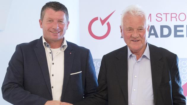 Josef Kaltenegger und Frank Stronach im Jahr 2015 (Bild: APA/ERWIN SCHERIAU)