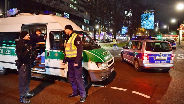 Verdächtiger nach Terrorfahrt in Berlin in Haft (Bild: APA/AFP/John MacDougall)